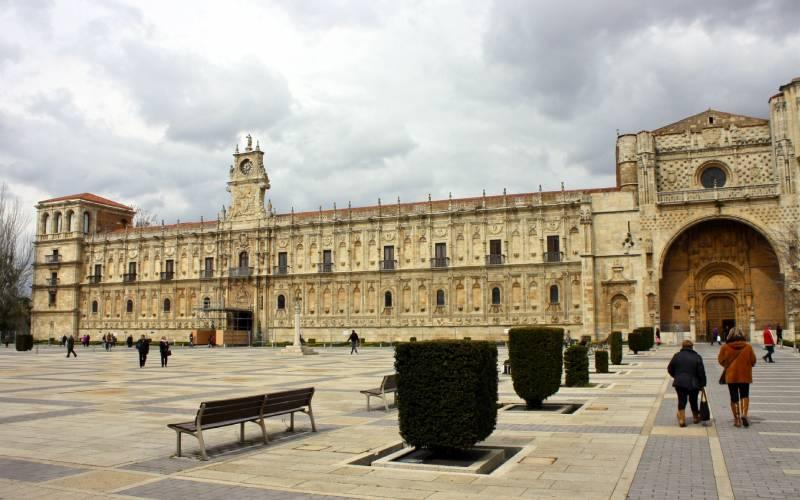 Convento de San Marcos, León _ Trevor Huxham _ Flickr_files