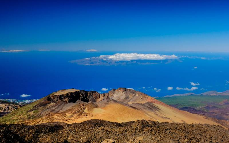 Pico Viejo from EL TEIDE _ Michael Bourgeois _ Flickr_files