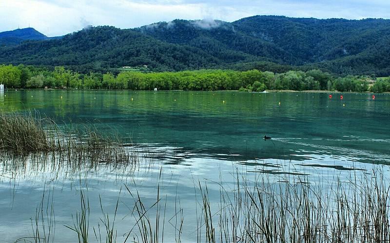 5 Lake of Banyoles, Catalonia, Spain _ Daniel Rico _ Flickr_files