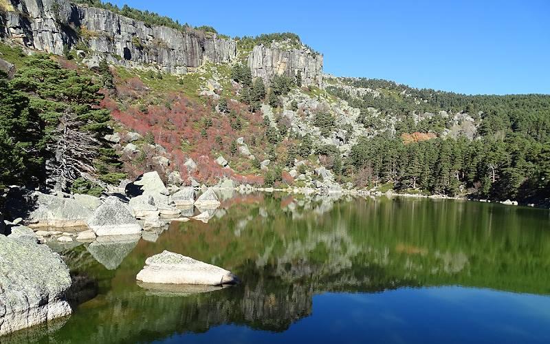 7 La Laguna Negra Soria Parque Natural Sierra Urbión 08 _ Flickr Rafael Gómez_files