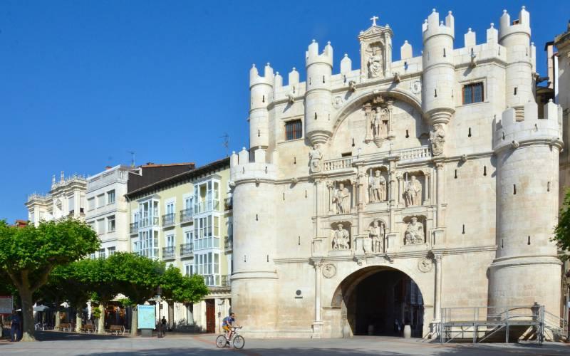 Puerta arco de Santa María, Burgos