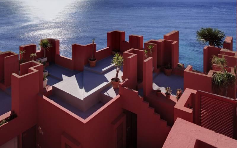 la muralla roja calpe
