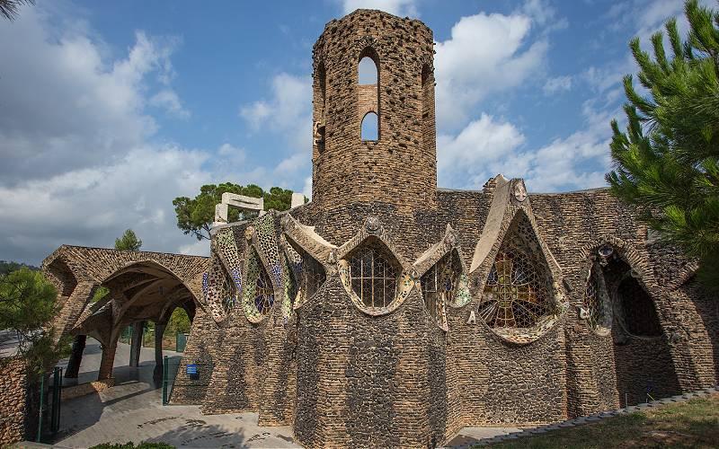 Cripta colonia Guell _ obra de Gaudi _ foto Jose Andres Usanos Lopez_files