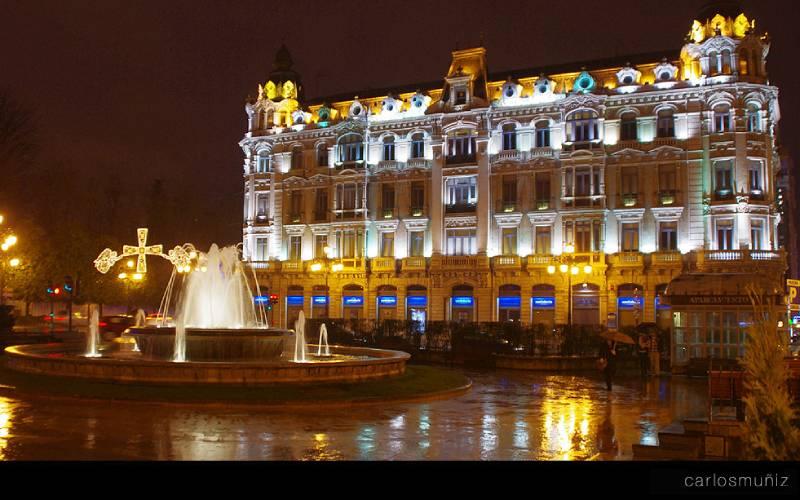 Oviedo _ Plaza de la Escandalera en Oviedo, Asturias, mi Ast… _ Flickr_files