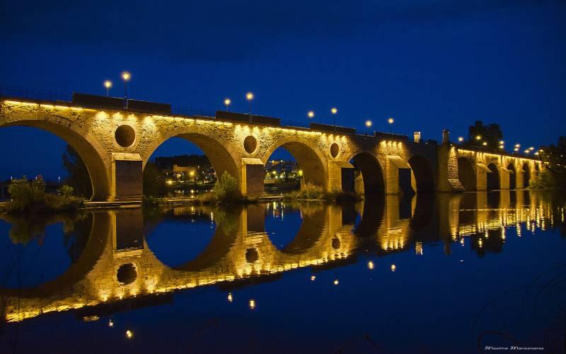 Palmas brug in Badajoz _ Maximo Manzanares_files