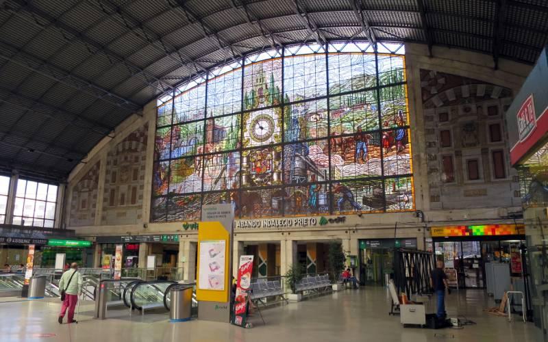 Bilbao Santander Train Station IMG_7468 _ Stained glass insi… _ Flickr foto John Smatlak_files
