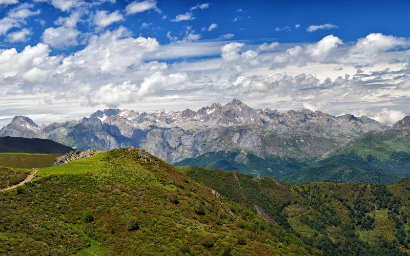 Picos de Europa.Spain _ Panorama. León-Asturias-Cantabria. S… _ Flickr foto Francisco Romero_files