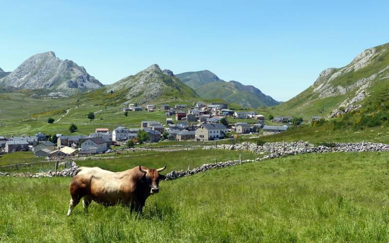 Puerto de Somiedo _ Somiedo National Park, Asturias, Spain, … _ foto Eamon Corbett _ Flickr_files