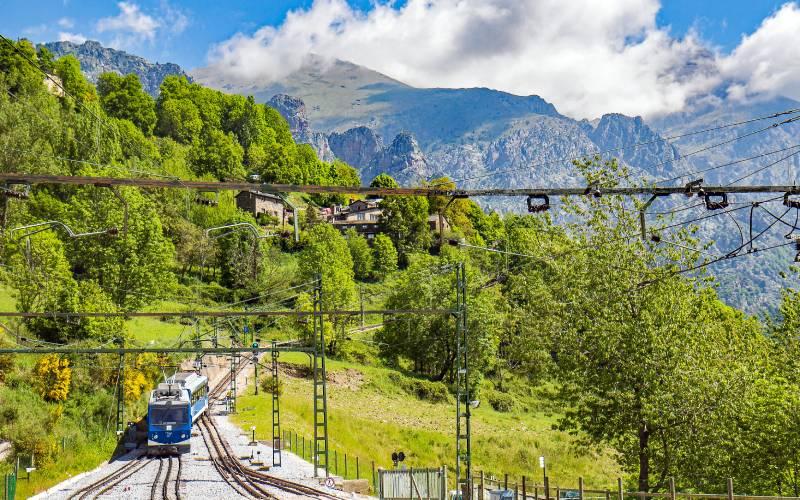 the Vall de Núria Rack Railway _ La Vall de Núria is a south… _ Flickr foto Werner Boehm_files
