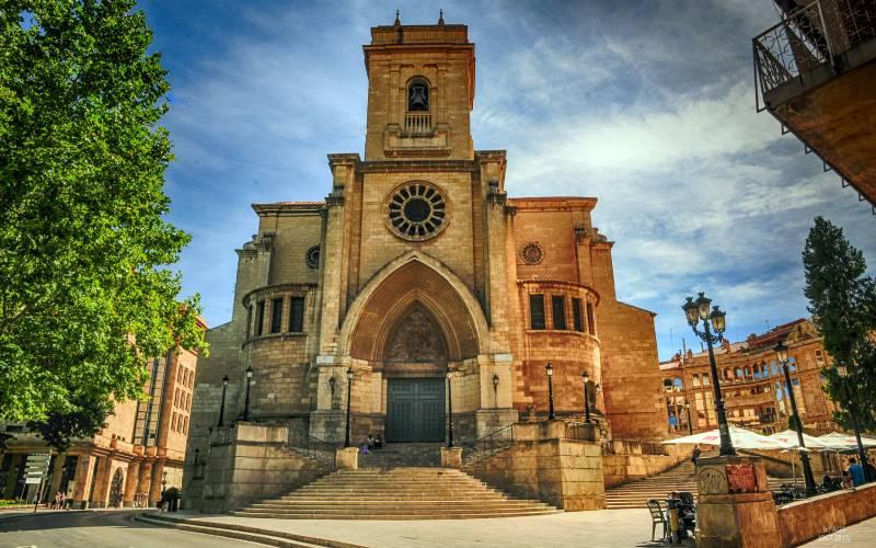 Albacete _ Catedral. _ foto Antonio Gomez Rivera _ Flickr