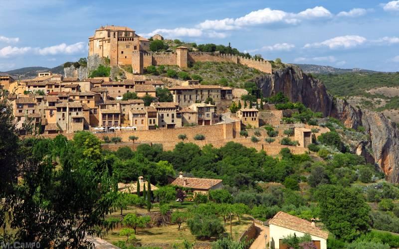 Alquezar, Huesca _ Vista de Alquezar _ foto M.Campo _ Flickr