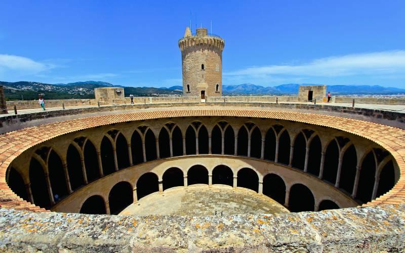Palma de Mallorca - Castell de Bellver _ foto Alan _ Flickr