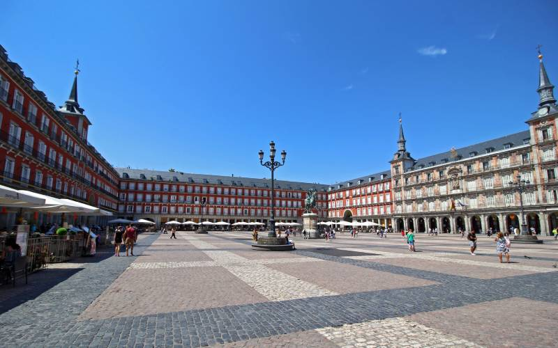 Plaza Mayor, Madrid _ #madrid #spain _ foto elianek _ Flickr_files