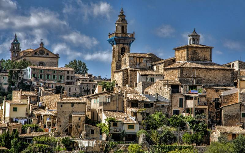 Valldemossa, Mallorca, Spain _ Welcome to the City Valldemos… _ Flickr foto Wladwald