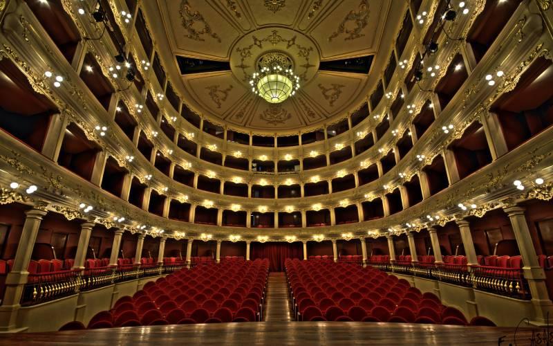Teatro Principal de Mahón - HDR _ _ Nikon D300s _ Sigma 10-2… _foto Félix Casals_files (2)