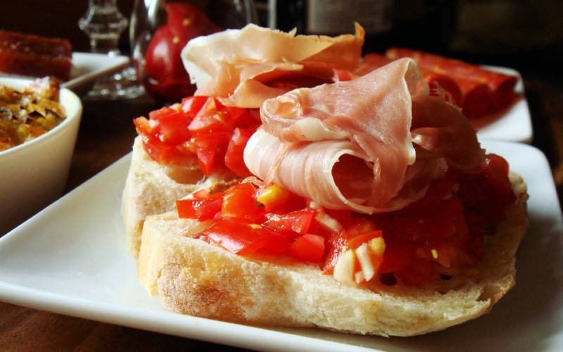 pan con tomate foto Candy Wong