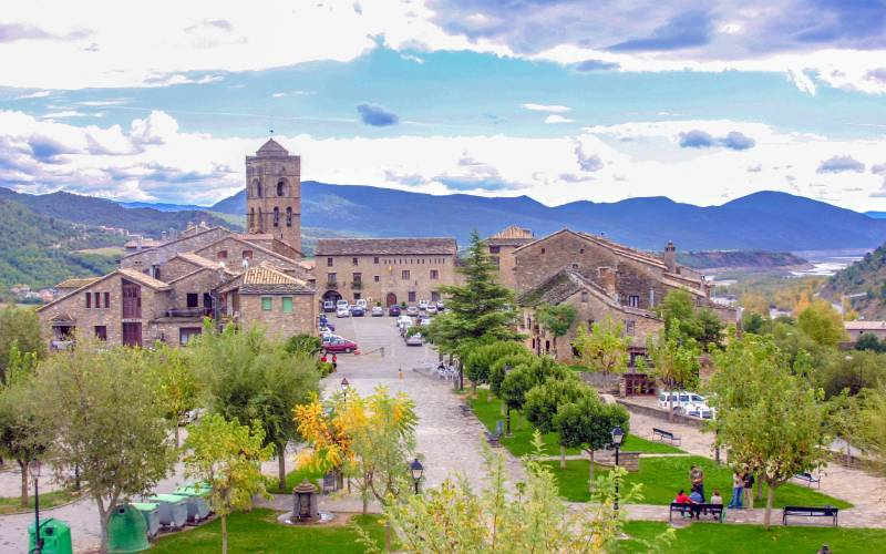Ainsa _ Ainsa (Huesca) _ Luis Miguel Sebastián _ Flickr