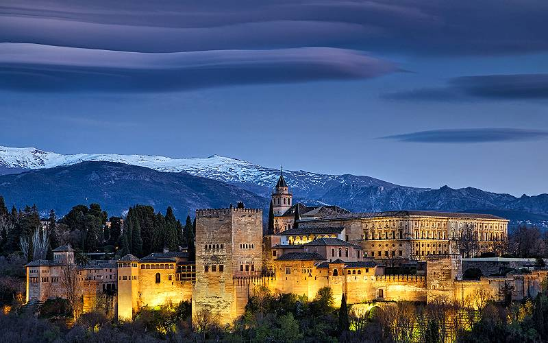 Alhambra evening _ mountains of sierra nevada behind the wor… _ Flickr foto funtor