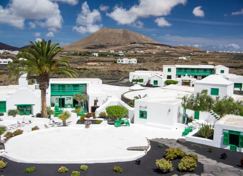 Lanzarote (Canaries_Espagne) _ Monumento al campesino. Casa … _ Flickr foto PierreG_09