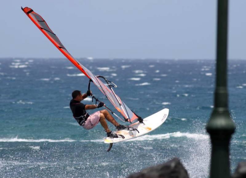 Windsurf Lanzarote Costa Teguise _foto yves _ Flickr