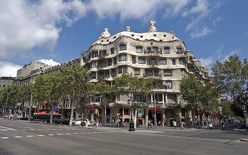 Casa Míla _ andi aliasing _ Flickr andi aliasing